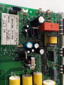 Carte composant avec les nouveaux condensateurs